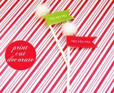 love the poms on the sticks~ cute north poles. could also wrap ribbon around the stick cupcak, flags, children christma, holiday flag, holidays, christma wonder, merri christma, freebi printabl, fun printabl