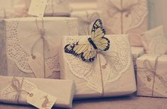 butterfli, craft, gift wrapping, paper doilies, twine, kraft paper, papers, holiday gifts, diy wedding