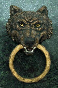 I hear you knockin 39 on pinterest - Wolf head door knocker ...