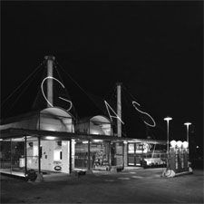 Clark/Maple Gas Station. Exterior view, c.1938. 1101 N. LaSalle St., Chicago, IL, 1938. Hedrich-Blessing, photographer