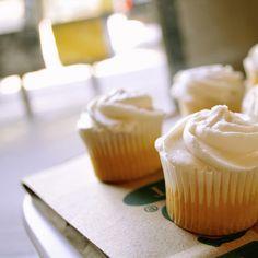 mini vanilla cupcakes!