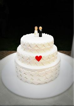 perfect wedding cake, hand painted cake toppers
