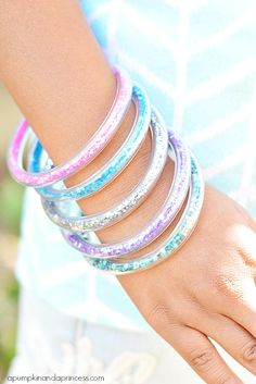 How to make glitter vinyl tube bracelets - A Pumpkin And A Princess vinyl tube, diy crystal bracelets, diy glitter bracelet, pumpkin, glitter vinyl, tube bracelet, kid crafts