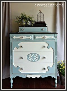 Hometalk :: Painting Antique Chest in Smokey Slate