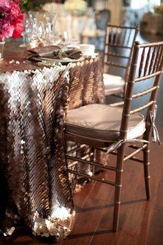 La Tavola Fine Linen Rental: Soho Cocoa w Va Va Boom Shadow Napkin