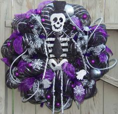 Glittery Skeleton Spiders Halloween Deco Mesh Wreath