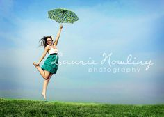 senior girl photography posing ideas #photography | Laurie Nowling Photography