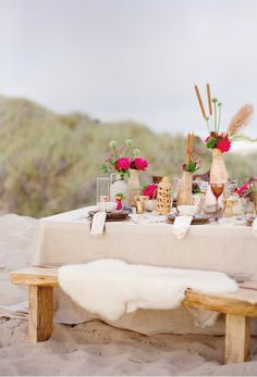 A seaside-chic tablescape