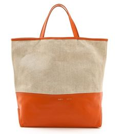 Beautiful Alice D. Canvas Tote http://rstyle.me/n/eyu76r9te