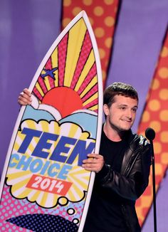 Josh Hutcherson Photos: Teen Choice Awards Show