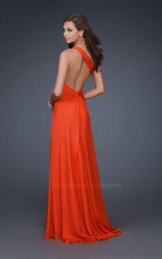 Hermosos vestidos con escote en la espalda – 10