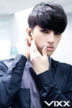 VIXX Ken or Infinite Kim Myung-SooVixx Voodoo Ken