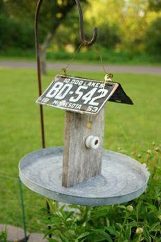 Upcycled DIY Bird Feeder~Love It!