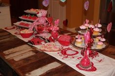 Valentine's Day table scape for kids!