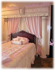 pink girls bedroom decor