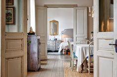 Una vivienda de estilo nórdico con aires clásicos