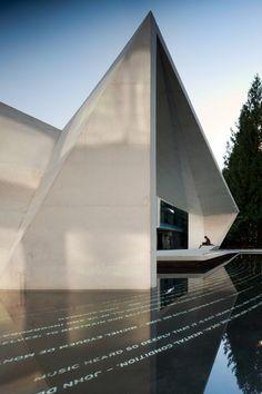 Buchanan Courtyard Pavilion