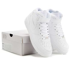 Classic White Nike Air Force One! If I could have any shoes, it would definitely be these! They looks soooo nice!