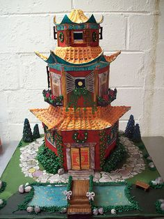 Pagoda Gingerbread house by Caryn's Cakes, via Flickr
