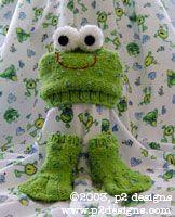 Charity Pattern - Froggy Hat &Socks (knit)