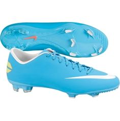 soccer cleats <3