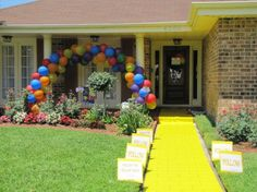 The Best Wizard of Oz Birthday Party ideas outdoor decorations, birthday parties, birthday themes, yellow brick road, future kids, 3rd birthday, oz parti, wizard of oz, parti idea