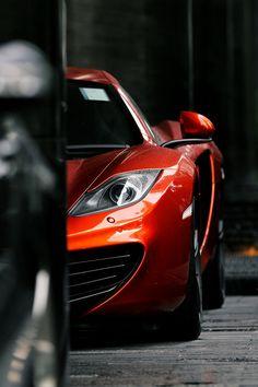 #McLaren MP4-12C