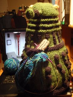 Knitting Dalek...knitting a Dalek?