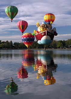 When I go back to Colorado Springs, I want to experience the Colorado Springs Balloon Festival...  #pinpikespeak