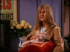 jennifer aniston as rachel with her sphinx cat