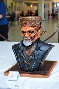 Steampunk Frankenstein cake based on the amazing costume by Rick Baker. Wowza. More pics & details at the link.