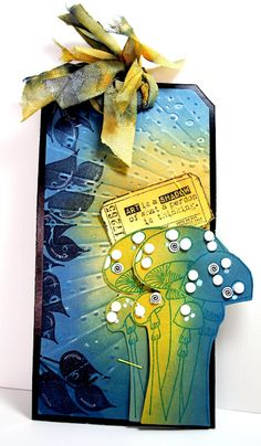 Eileen's Crafty Zone: Distress Inks, Sizzix / Tim Holtz Embossing Folder and Dylusions Stamps.