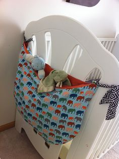 Crib/bed storage bag, great for stuffed animals or blankets!    by froggyleggs, via Flickr @Gina Palumbo bunk beds, bag, stuf anim, sew stuffed animals, baby blankets, stuffed animal storage, store stuffed animals, storage ideas, storing stuffed animals