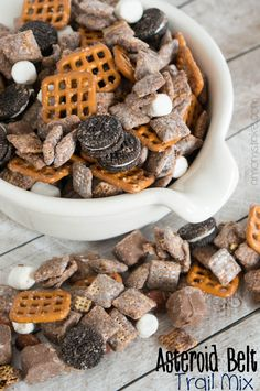 Easy to make asteroid belt trail mix - plus, more reading under the stars party ideas.