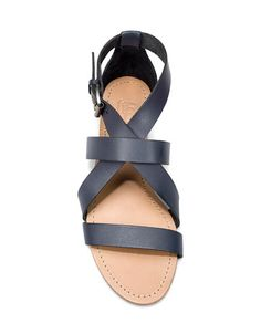 Zara's crossover flat sandal.