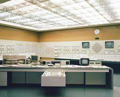 Futuristic settings on pinterest futuristic interior for Futuristic control room