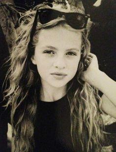 Daddy's little girl - Anaïs Gallagher