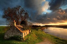 angus clyne, scotland, castl, ireland, stone cottages
