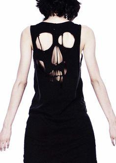 skull shirt.