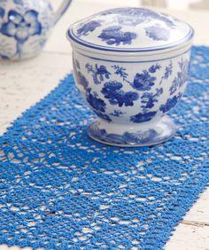 Sweet Clover Table Runner - free crochet pattern