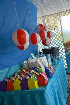 Love the beach balls hanging..cute for summer party!!