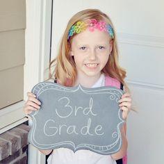 Cute #diy Back to school chalkboard sign.   #chalkboard #backtoschool #photoprop. $4.00, via Etsy.