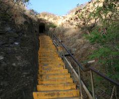 Climbing up the stairs to the top of Diamond Head (aka Leahi)...