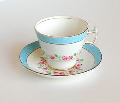CIJ SLAE Vintage Bone China Teacup & Saucer Pink Roses Pastel Blue White Gold Trim