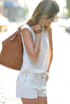 summer street style in white