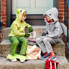 Both the Friendly Frog and Shocking Shark #costumes begin with a hooded sweatshirt. Simply add some eyes and a few pieces of foam, and the kids are ready to trick-or-treat!