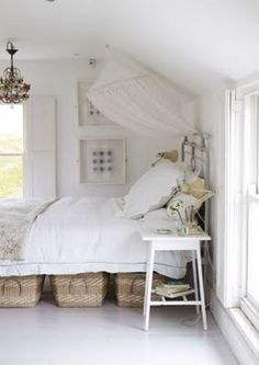 basket storage under the bed... good idea and looks good too