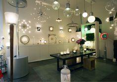 mobilier table magasin de luminaire lyon. Black Bedroom Furniture Sets. Home Design Ideas