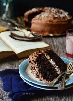 Malted Chocolate Cake with Toasted Marshmallow Cream Filling at TidyMom #chocolates #sweet #yummy #delicious #food #chocolaterecipes #choco #chocolate