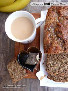 Cinnamon Chai Banana Bread ~ A tea-lover's #banana bread #recipe from @sumptuousspoons/ // #bananabread #chai